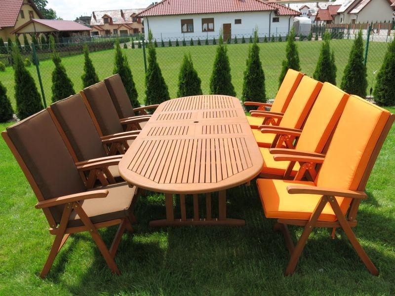 Zestaw ogrodowy (8 krzeseł Baltic, Cardiff lub Wellington + stół Stockholm + 8 poduch)