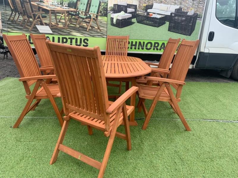 Zestaw mebli Toledo z 6 krzesłami Cardiff