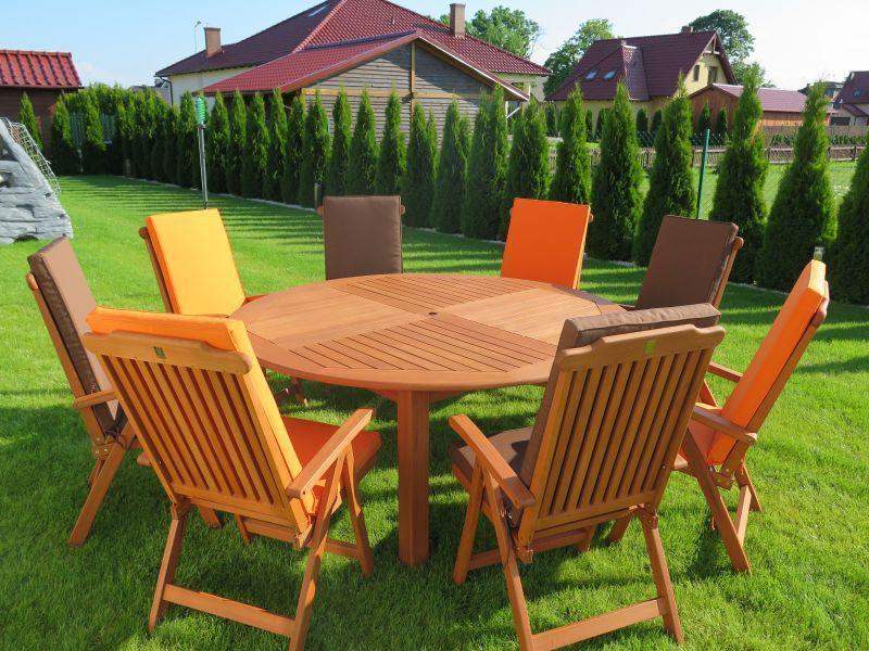 Poduchy Na Meble Ogrodowe Allegro : Meble ogrodowe drewniane stół krzesła poduchy HIT  4341568857
