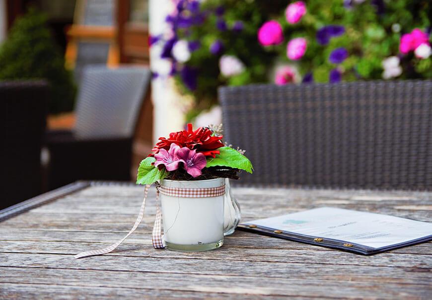 romantyczny klimat w ogrodzie